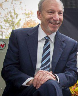 Dr. Lee Schwartzberg